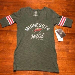 NHL Hockey Minnesota Wild T shirt top Medium
